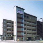 箕輪町を一望できる6階建てのエレベーター付きマンションです!(外観)